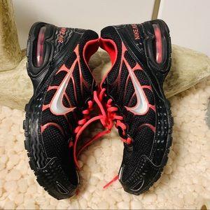 NIKE AIR MAX TORCH 4 EUC black pink Size 8